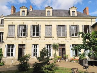 1 Bedroom B and B suite in the Loire Valley