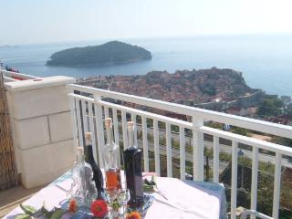Romatic apartment with view on the sea, Dubrovnik