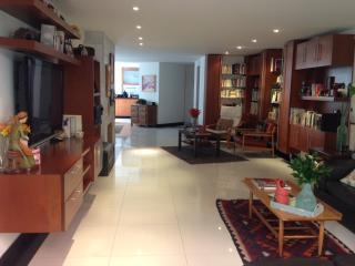 FamilyLuxuryApt! 1bd/1.5bth Tourism/work/adoption., Bogota