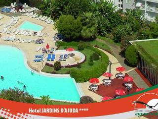 Sea & Mountain View Apart, 3 Pools in a 4* Hotel, Funchal