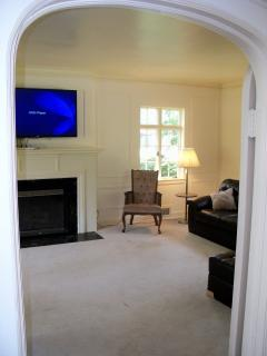Arched entry to living room