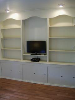 Library with gaming system