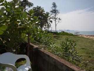 Beach House, Wattala