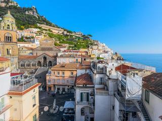 I Dogi, Amalfi