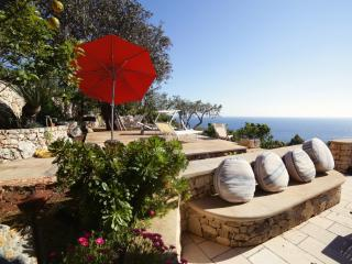Villa Teresina Salento Sealovers - Trulli Villa with Rare Sea View Marina Serra
