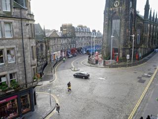 Royal Mile by the Castle Fabulous location