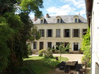 2 Bedroom B and B suite in the Loire Valley