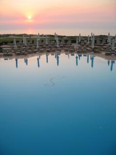 Marriott 5* Hotel Pool for sundowners a few minutes away from the house