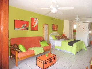 Cabana SunJuan - Beach at Doorstep - Beachfront cabin - Sleeps up to 4