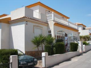 Holiday Quad. Ideal for family and golfers...., Villamartin