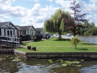 Accessible / Disabled Horning / Riverside Cottage