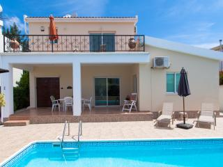 Peyia Village - 3 bed Villa with  Private Pool