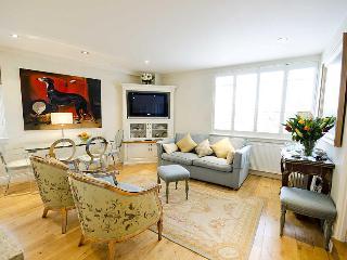 Elegant Small One Bedroom Apartment in Chelsea