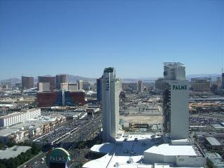 PALMS PLACE .... best balcony Strip View in Vegas