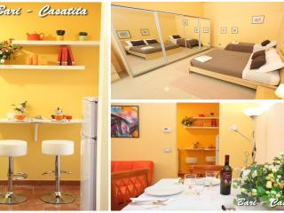 BARI-CASATITA, central  flat + wifi +safe parking