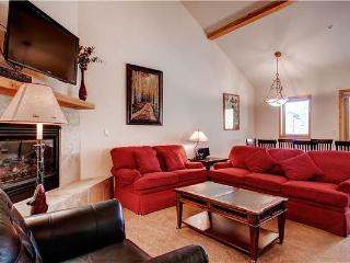 Lovely Breckenridge 3 Bedroom Ski-in - TWC12