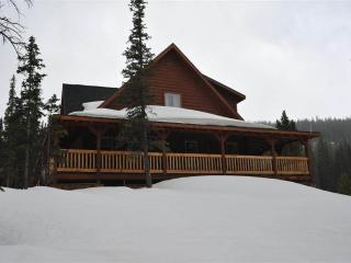 Convenient Secluded 4 Bedroom Private Home - 151 Mountain Kingdom Road, Breckenridge