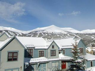 Elegant In Town 3 Bedroom Townhome - Main Street Junc.15, Breckenridge