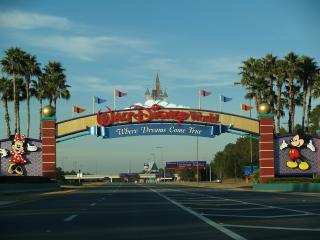 Wyndham Bonnet Creek Resort -3 bd Disney Sleeps 10, Orlando