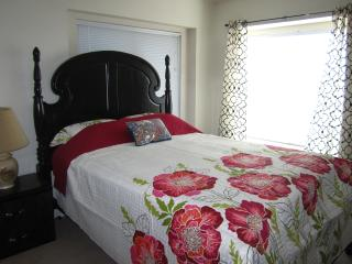 In the large house flower BD for rent, Fort Worth