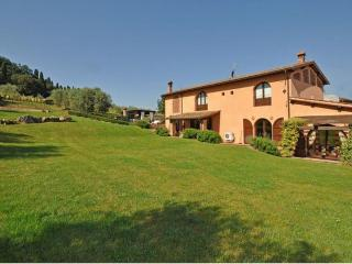 Villa with Private Pool and Easy Train Access to Florence - Villa Empoli