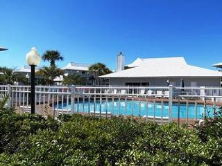 Beachside Villas 414, 2BR/2BA condo in beautiful Seagrove Beach!
