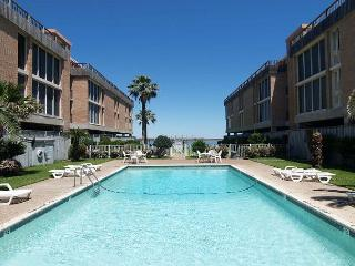 1 bedroom 1 bath condo in the heart of Port Aransas! Ship Channel view!