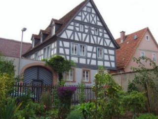 Vacation Apartments in Margetshöchheim - 150 sqft, quiet, comfortable, romantic (# 5550), Margetshoechheim