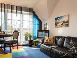 Vacation Apartment in Leer - 1184 sqft, central, quiet (# 5553)