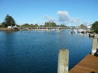 River Charm, Port Fairy