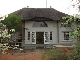 Kruger River Villas-Hyena House 4180
