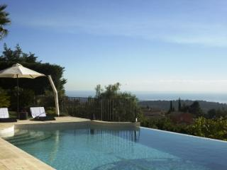 Luxury villa with stunning views, Tourrettes-sur-Loup