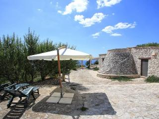 Authentic trullo in Salento, direct sea view