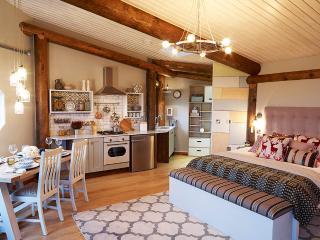 """""""Aerona"""" - cosy cabin, Aberaeron"""