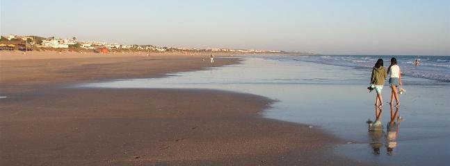 Playa de la Barrosa, a 3 km.