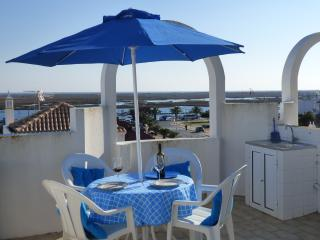 The roof terrace is ideal for sun worshippers.