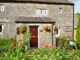 blind beck holiday cottage