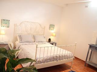 Bonito apartamento con wifi 2 línea de playa, Tarifa