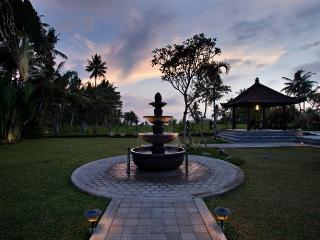 Villa Cemadik,3 bedrooms serenity,private,relaxing, Pejeng
