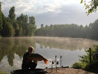 Family fishing Holiday - Etang Hirondelle
