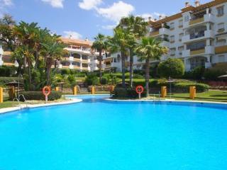 3 Bed 3 Bath duplex penthouse with Seaviews, Marbella
