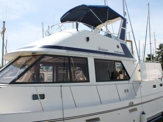 A floating haven with private aft-deck and fly-bridge