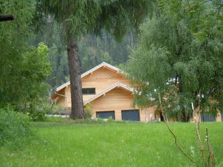 chalet contemporain a 5 mn de Chamonix/3 chambres/sauna