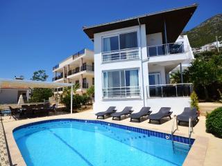 4 Bedroom Seaview Villa Near Town in Kalkan (FREE CAR OR TRANSFER)