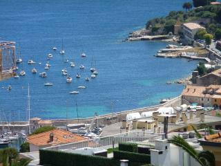 Large 3-room  apartment with splendid sea-view, Villefranche-sur-Mer