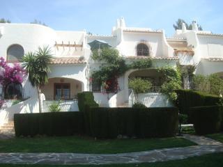 26 Los Lagos Aptmnt award winning complex nr Javea
