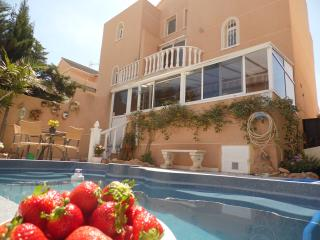Duplex with private pool+Townhouse (distance -20m)