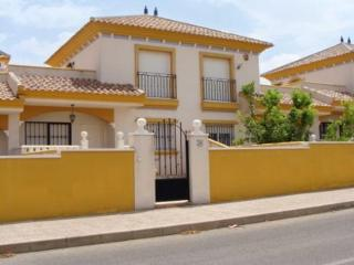 3-Bedroom Air Conditioned Bahia Golf Villamartin
