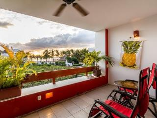Casa Julie (8210) - Great Ocean Views, Full of Extra Amenities, Beachfront, Cozumel