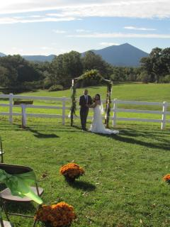Picture your Outdoor Wedding Here!